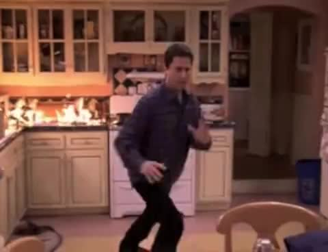 Everybody Loves Raymond Gifs Search  Search  Share on Homdor
