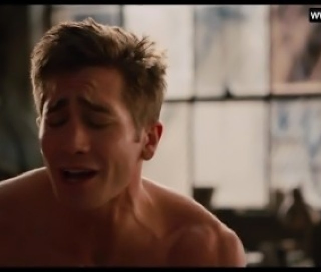 Anne Hathaway Sex Scenes Topless Moaning Love And Other Drugs