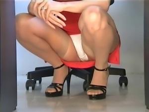teacher pantyhose upskirt