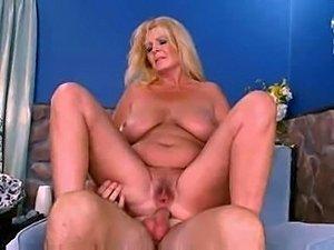 hot curvy girls