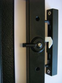 Sliding glass door lock handle with external key cylinder