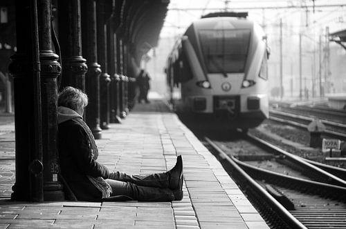 Wachtend op een trein