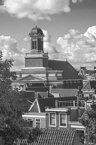 Hartebrugkerk Leiden vanaf de Burgt