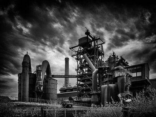Steelworks (black and white)