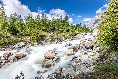 Waterval in de Lonza in het Lötschental