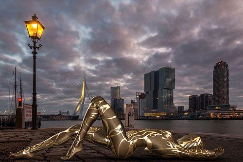 Een gouden Bodyscape in een gouden Cityscape
