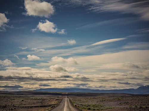 The road to Myvatn
