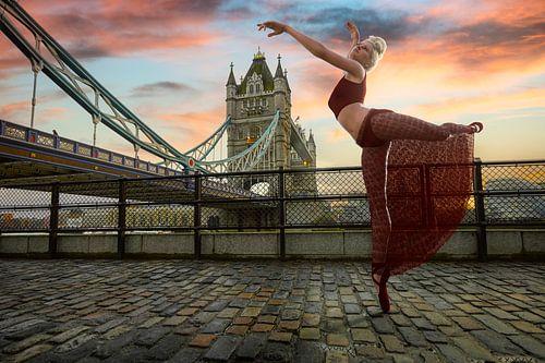 Rode Ballerina in Londen