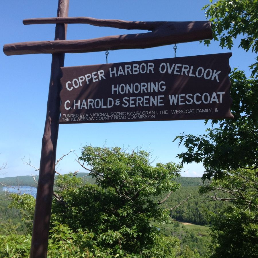 Copper Harbor Overlook Sign