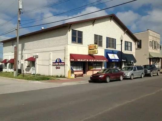 Walts Restaurant in Caseville