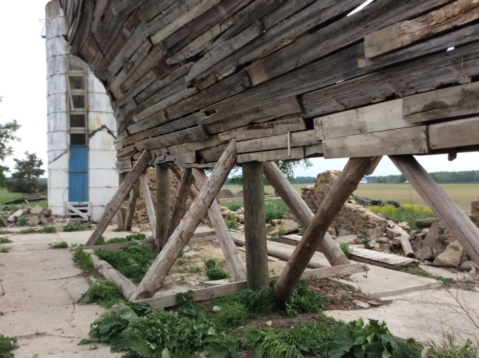 Emergency-Ark-Barn-Art-Base