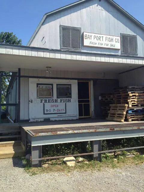 Bay Port Fish Company - Michigan Roadside Attractions