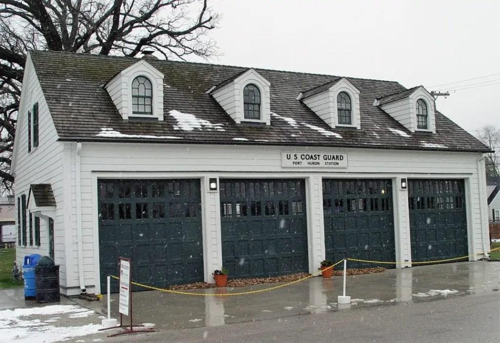 Fort Gratiot Lighthouse Garage and Giftshop