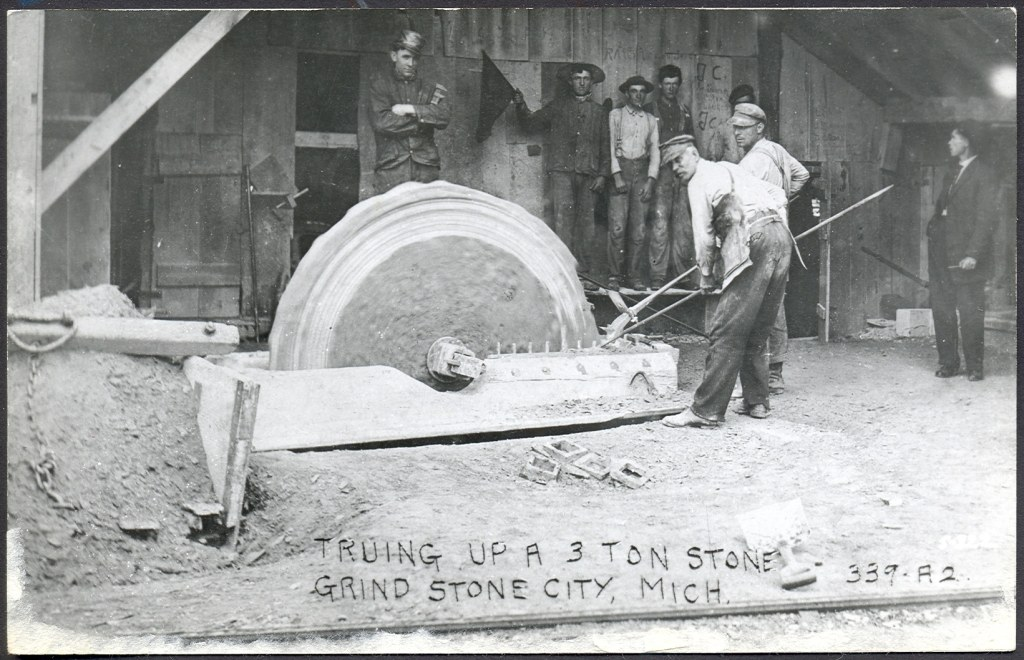 Shaping Grinstones