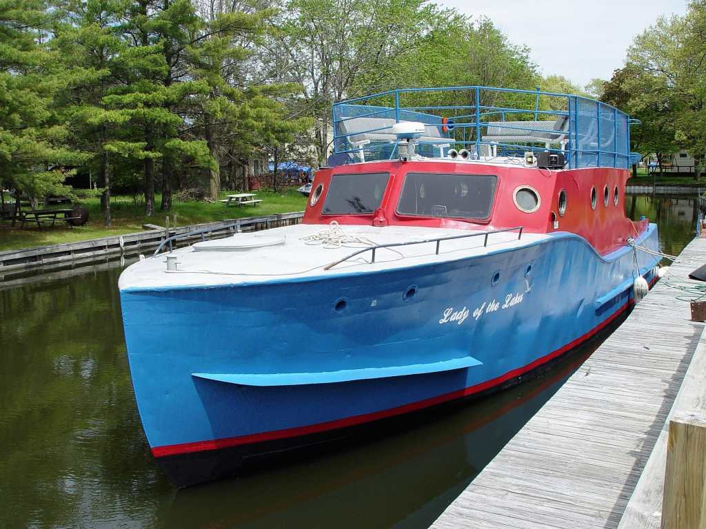 Charity Island Cruises