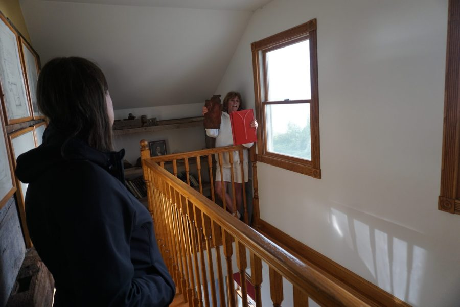 Karen Gives Tour of the House