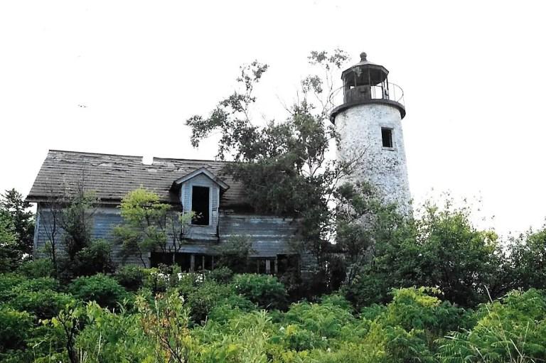 Charity Island Lighthouse Ruins 1993