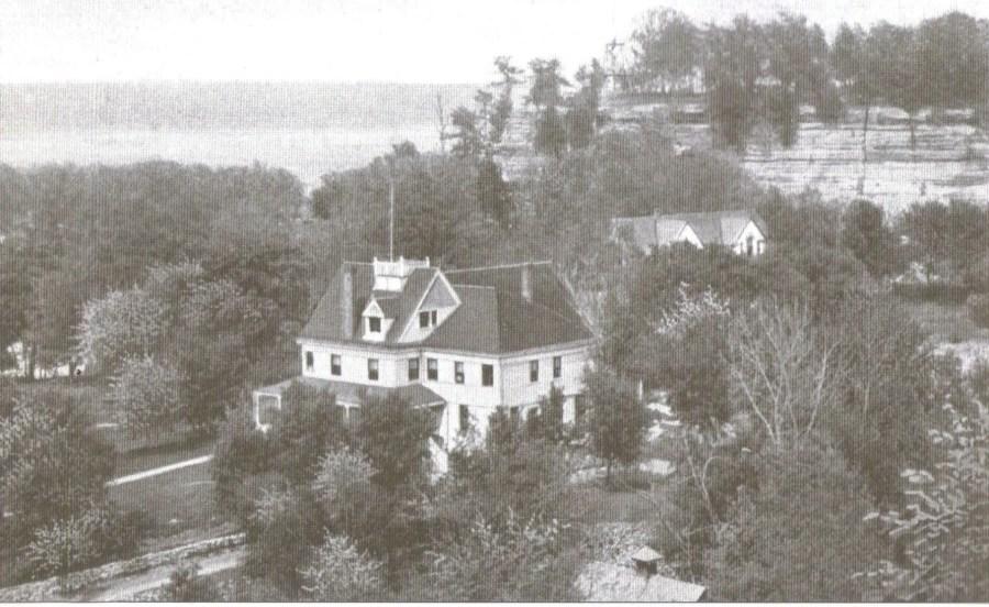 Starved Rock Hotel 1905