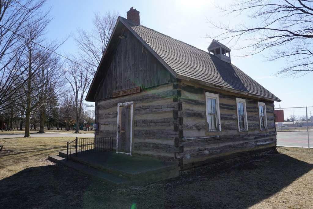 Becking School - Michigan Pioneer Cabins
