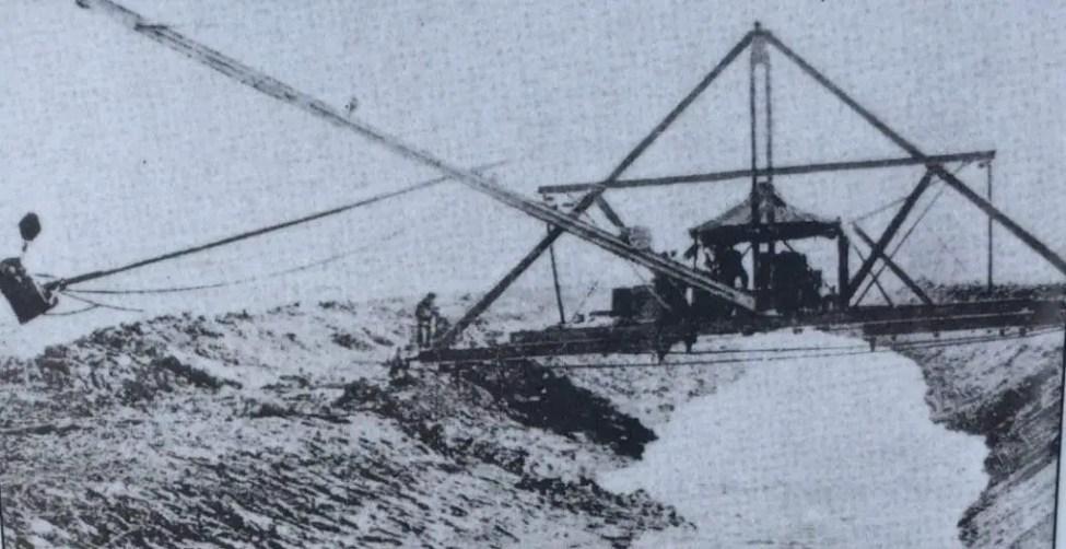 Draining Saginaw Bay Coastal Wetlands 1917