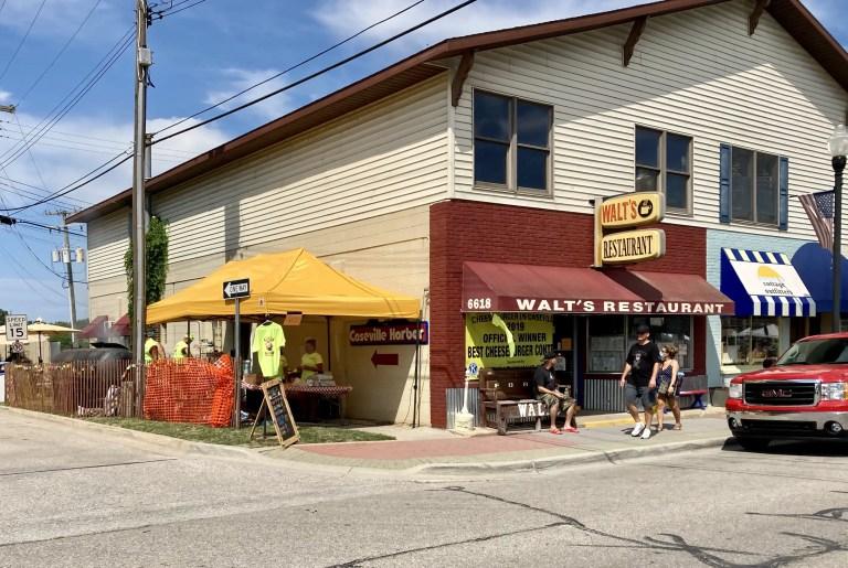 Walt's Restaurant Caseville
