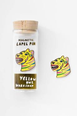 Yellow Owl Workshop - Tiger Magnetic Lapel Pin