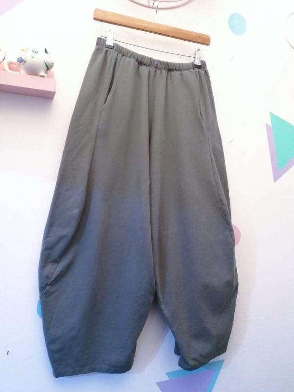 Thunder Egg - Grey Cropped Cocoon Joggers