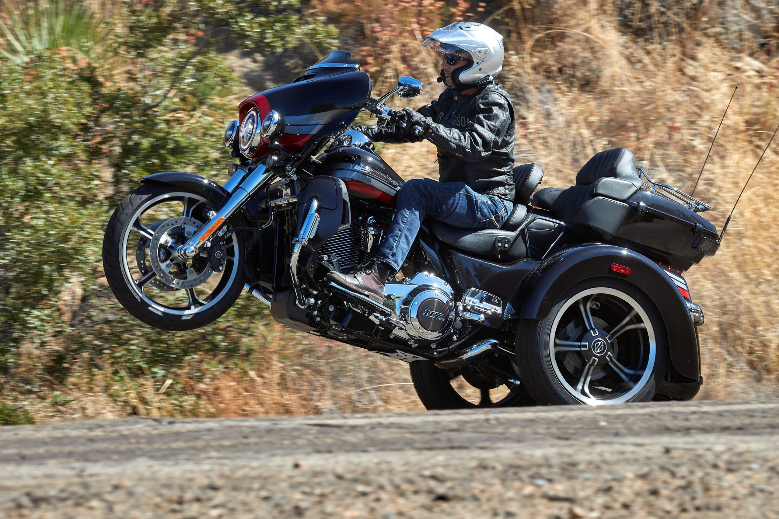 Duke Tri-Glide Wheelie
