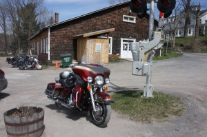 Giving the hawg a break outside of the Cha Cha Hut in Arkville