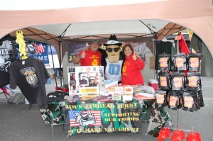 Soul Man pays a visit to the Jim's Jarhead Jerky booth
