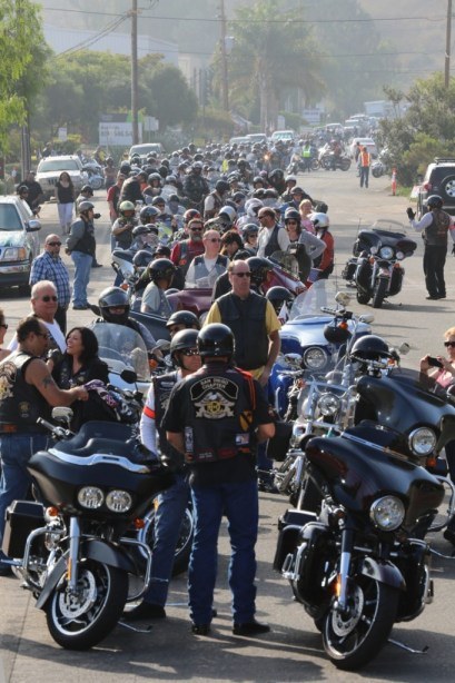 Attendees line up for the southern ride, the first of many to come for that weekend