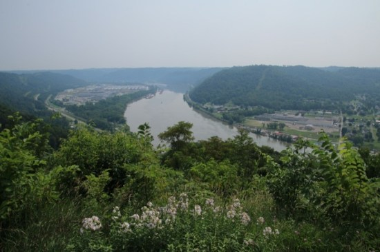 Our vantage point from Kiedaisch Point Park provided us with sweeping views of the Ohio River and its environs