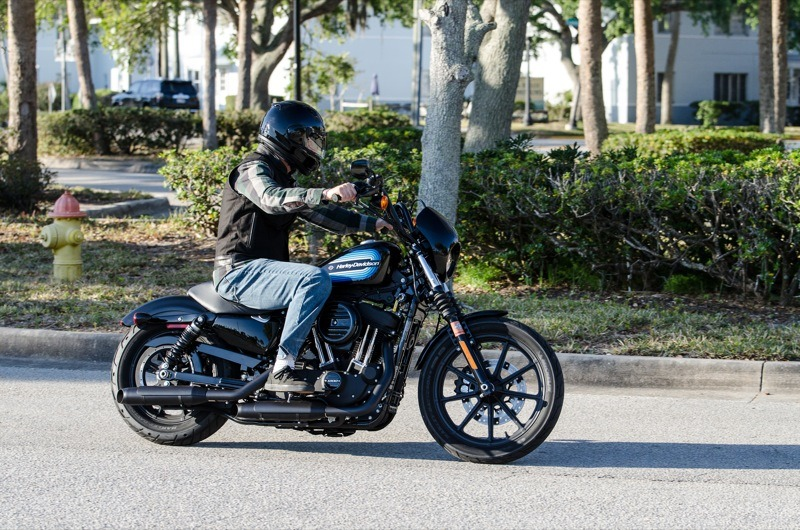 """The rubber fork boots, 19"""" front wheel and '70s-style paint job add to the retro-style look of the Iron 1200"""