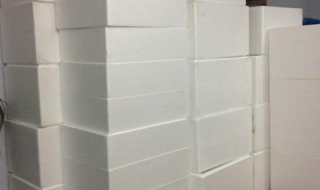 Kích thước thùng xốp đựng đá tiêu chuẩn