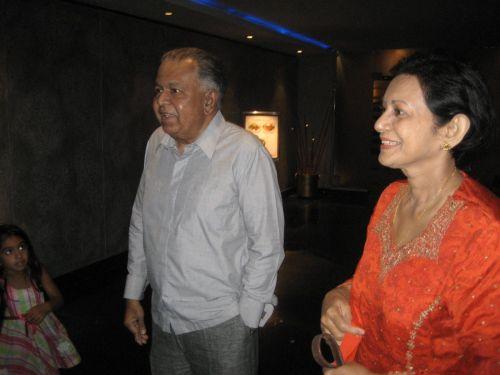 Ananda and Nafeeza May 2011 Cinnamon Grand (1)