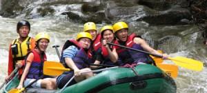 KITULGALA WGwhite water rafting
