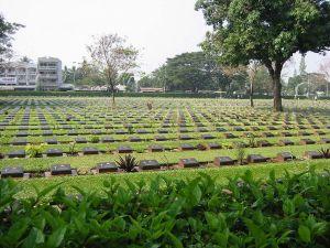 Kanchanaburi_cemetery