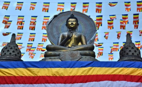 Gangaramaya is Colombo's most renowned religious structure.--Ronan O'Connell