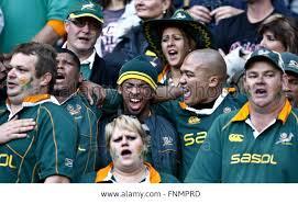 Saf crowd singing