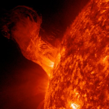 Solar Flare - 20 times the size of Earth