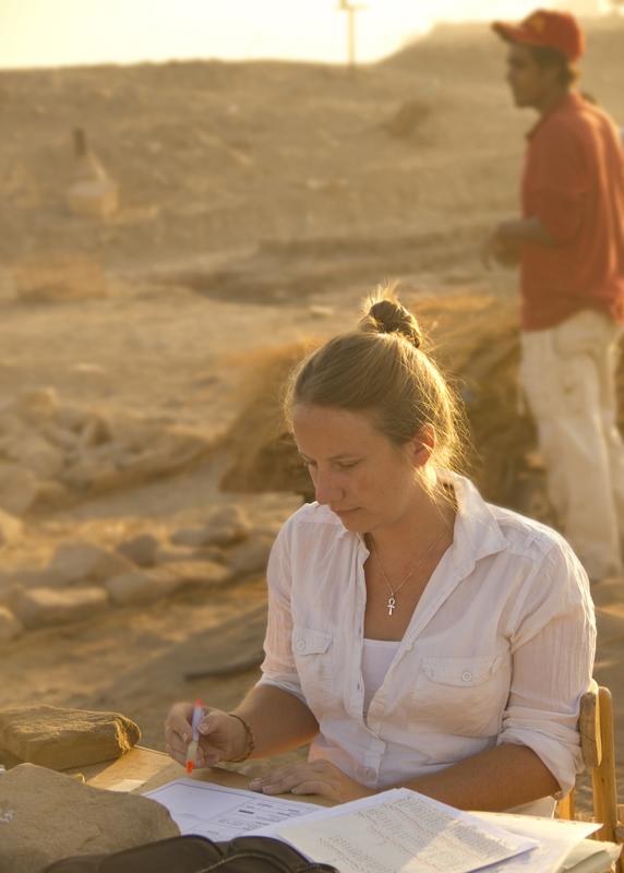 Linda Chapón, egiptóloga