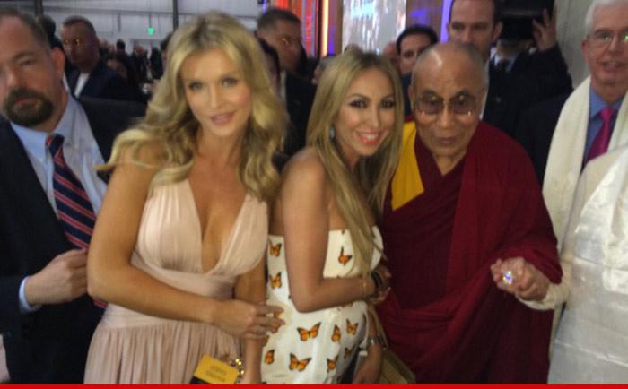 0227-krupa-dalai-lama-1