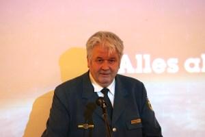 THW-Präsident Albrecht Broemme erinnerte an Meilensteine der Geschichte des THW-Ortsverbandes in Steglitz-Zehlendorf.