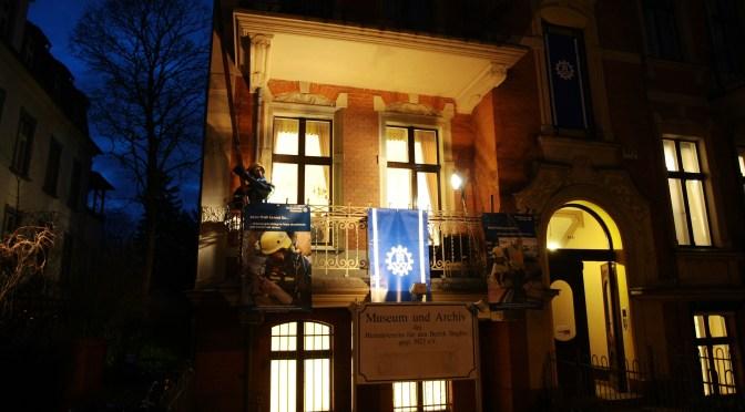 Zuhause in Stadt und Bezirk: Historische Ausstellung zum THW in Berlin