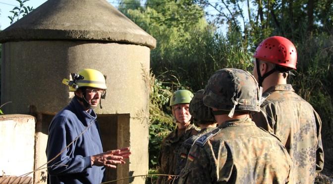Gemeinsam retten üben – Erfahrungsaustausch mit der Bundeswehr