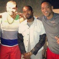 No Rio, Kanye West aprende a tocar samba e vai a estúdio com Naldo e Will Smith