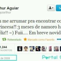 Tweet do Arthur Aguiar que todos pensavam que era pra Lua era pra outra suposta namorada de Arthur.