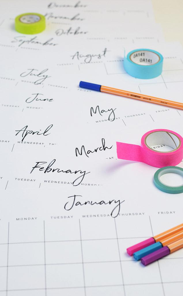 Darmowy kalendarz do druku z Thyme to Honey! Czysta, prosta konstrukcja.
