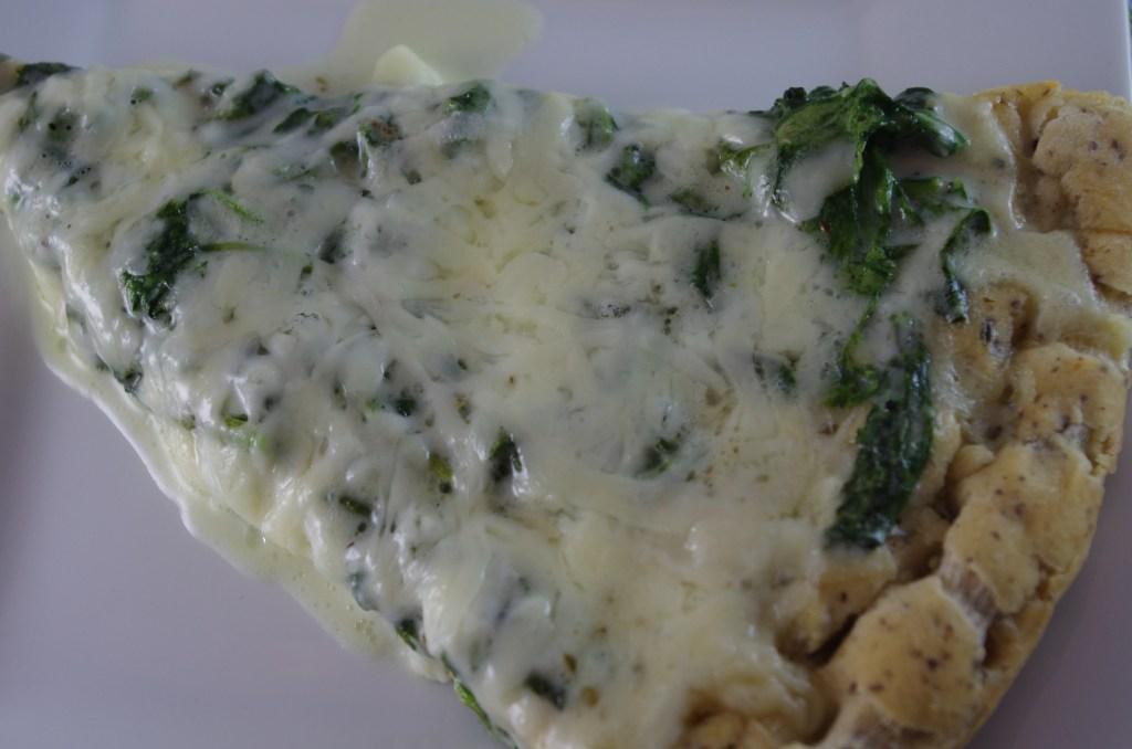 gluten free spinach alfredo pizza