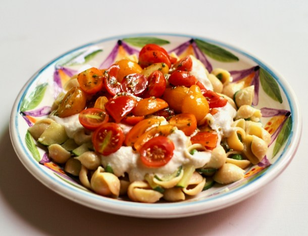 vegan chickpea pasta with garlic cashew alfredo sauce